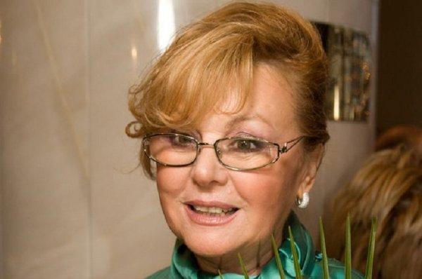 72-летняя актриса Наталья Селезнева заплакала на программе «Судьба человека»