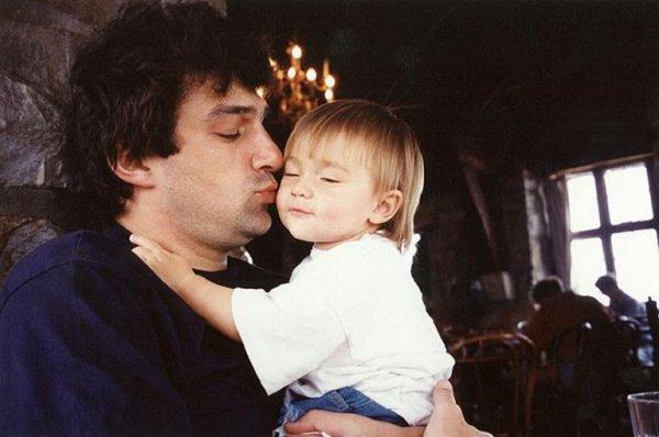 Дочь Веры Глаголевой показала фото своего молодого отца