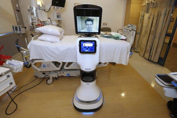 В Санкт-Петербурге сделали робота для массажа сердца