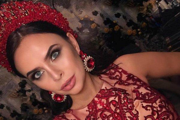 Вика Романец помогает своей сестре в накрутке подписчиков в сети Instagram