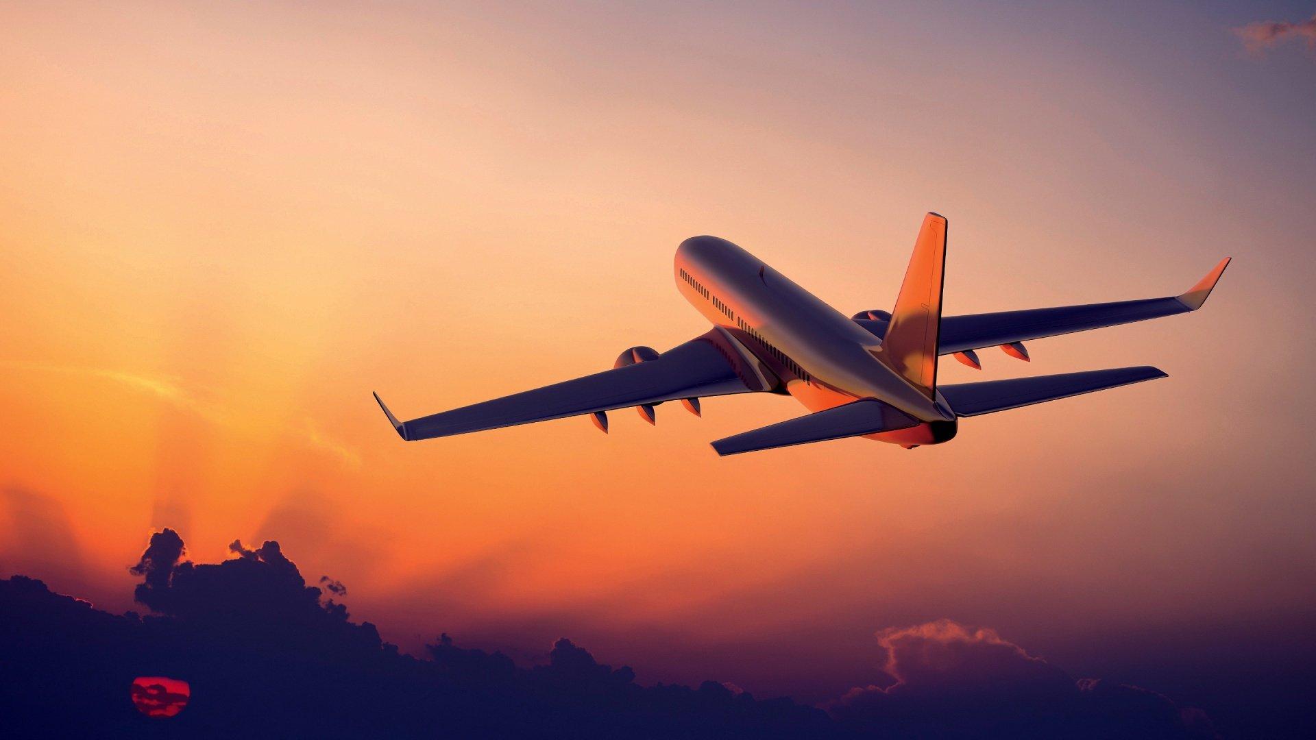 1517749911 1477494803 samolet zakat Следовавший из столицы вПхукет самолёт совершил вынужденную посадку вДели