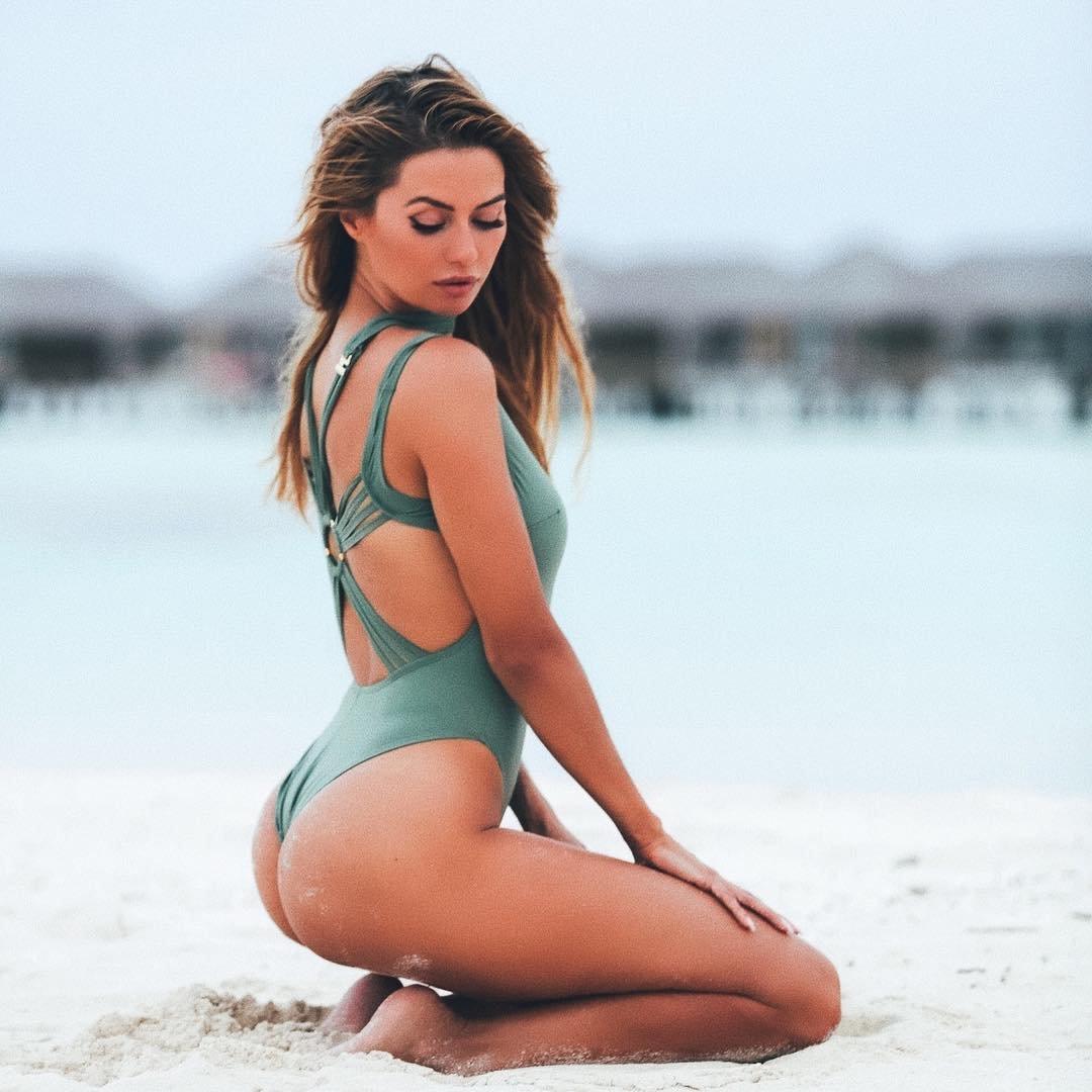 Виктория боня пляж майами обнаженная