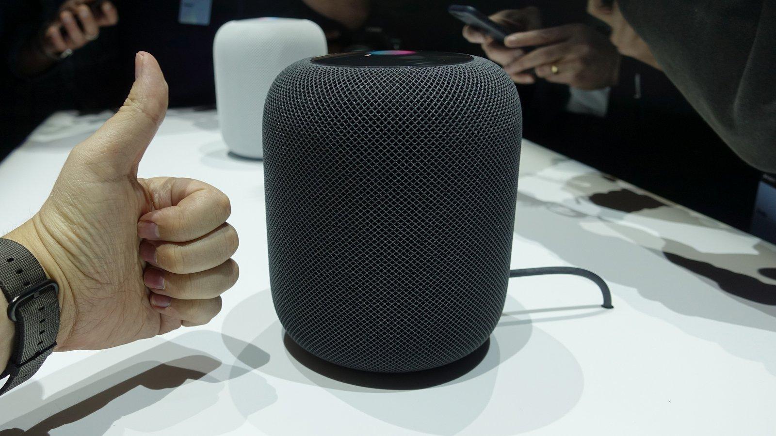 Apple начала продажи смарт-колонки HomePod