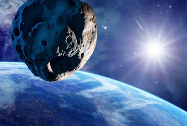 КЗемле мчится астероид размером сБукингемский дворец