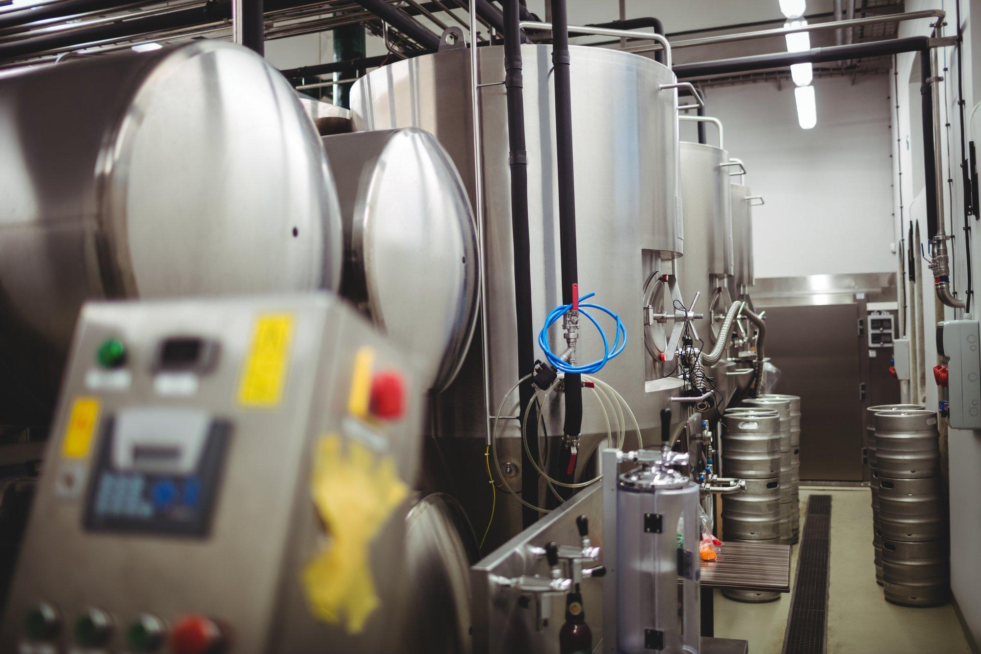 Выпускающий боеприпасы «Техмаш» займется производством лагерных танков для пива