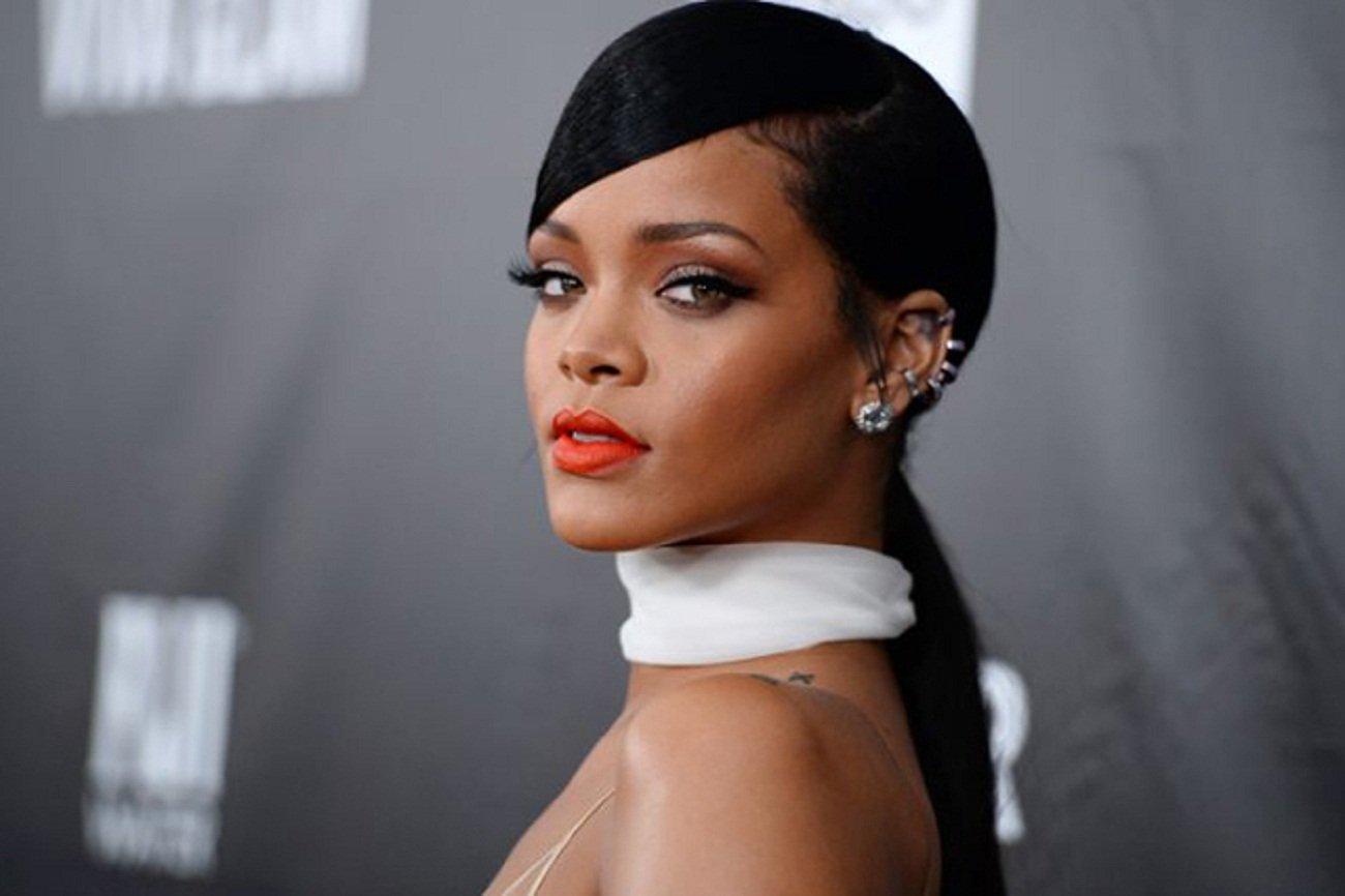 Rihanna Nude Photos 70