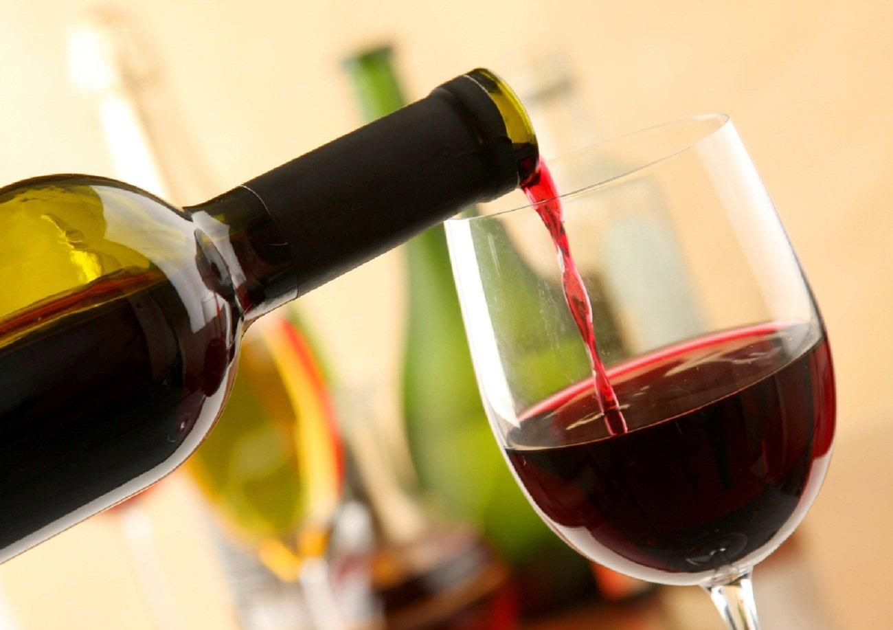 Ученые Вино предохраняет зубы и десны от болезней
