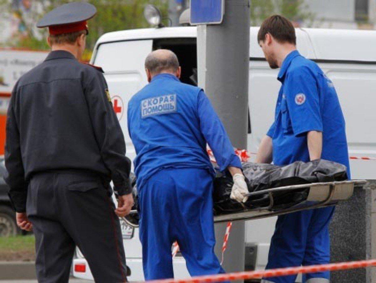 ВПодмосковье трое мужчин найдены мёртвыми вкабине фуры