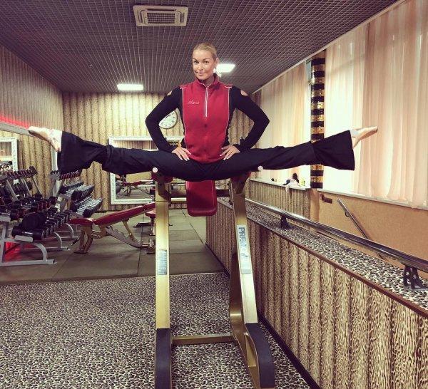 Анастасия Волочкова не перестанет делать свои шпагаты