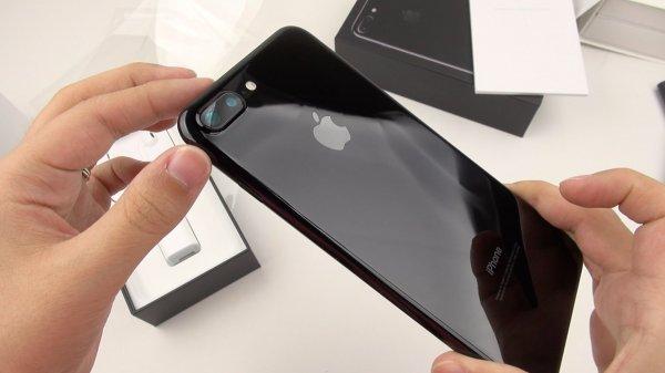 Apple исправит поломки на  iPhone 7 бесплатно