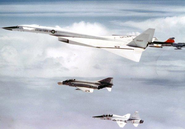 Появились детали про разработку гиперзвукового боевого самолета США