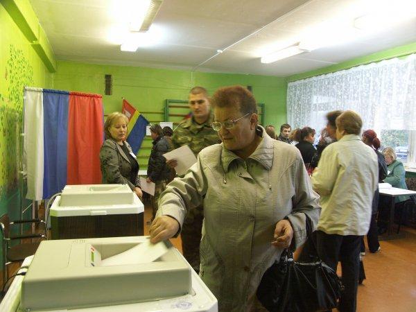 В Ростове людям угрожают увольнением за неявку на выборы
