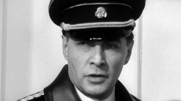 Вячеслав Тихонов устоял перед секс-символом СССР