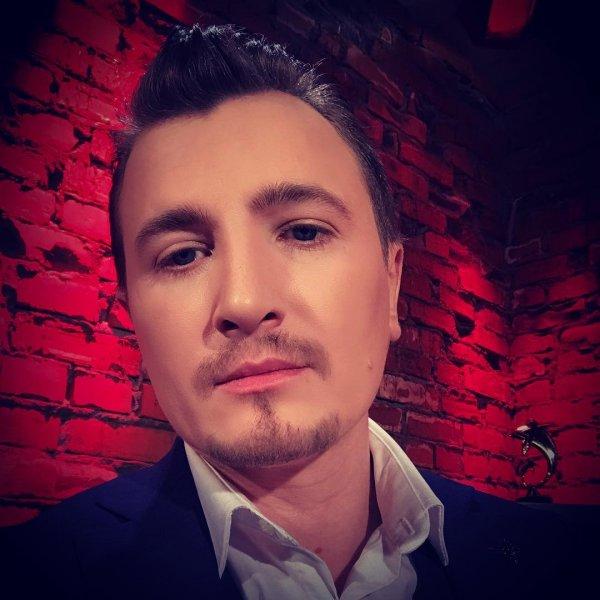 «Дом-2»: Влад Кадони разыскивает экстрасенса в Instagram
