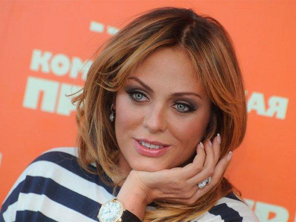 Певица Юлия Началова на полтора года лишилась права водить машину