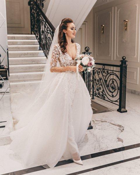 Instagram: Анастасия Костенко поделилась новыми снимками в свадебном платье