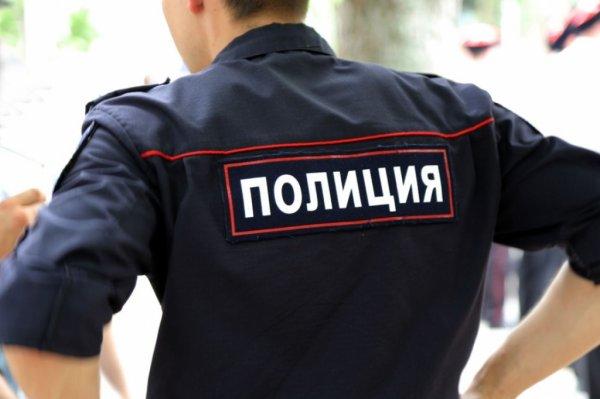 В центре Ростова-на-Дону иномарка протаранила бетонный столб