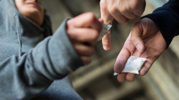 Треть жителей Германии имеет опыт употребления наркотиков