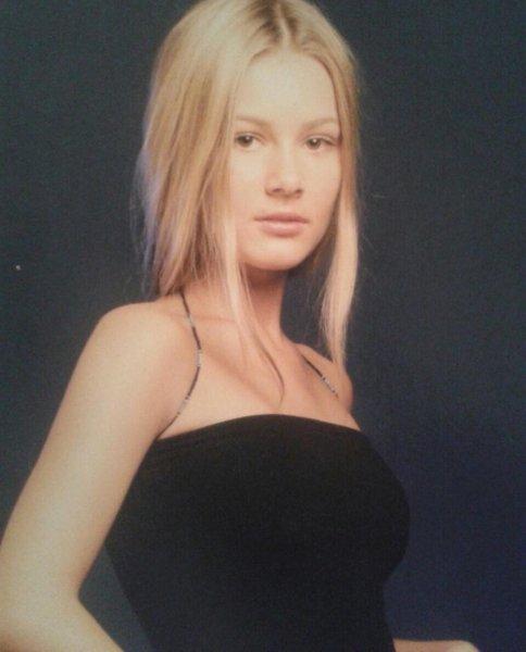 Подписчики едва узнали Марию Кожевникову на архивном фото