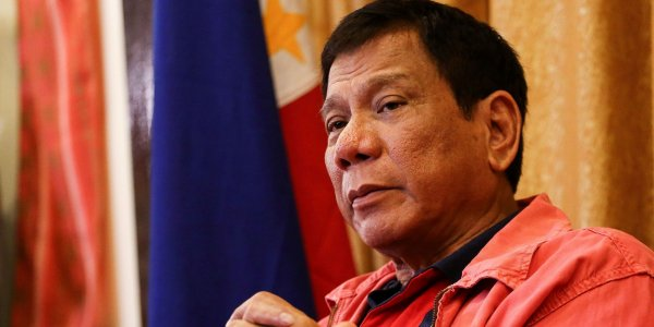 Глава Филиппин советует не пользоваться презервативами
