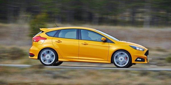 """Ford Focus признан самым """"мужским"""" автомобилем в России"""