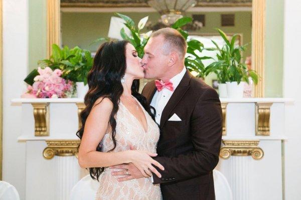 Жена Степана Меньщикова питает надежды на возвращение супруга в семью