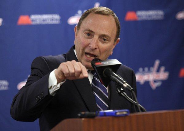 Гэри Беттмэн: Участие НХЛ в Олимпиаде-2022 может быть губительным для лиги