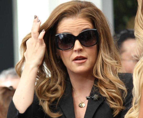 Дочь Элвиса Пресли через суд хочет получить $  100 млн от экс-менеджера