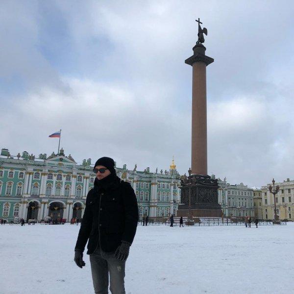 «Мы узнаем тебя из тысячи»: Сергея Лазарева подвела маскировка
