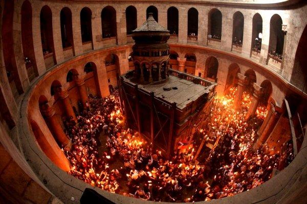 Патриархи из Иерусалима в знак протеста закрыли храм Гроба Господня