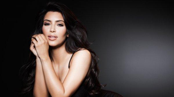 Ким Кардашьян отказалась от образа блондинки