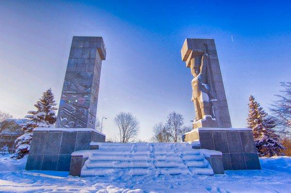 Польское правительство решило оставить советский памятник