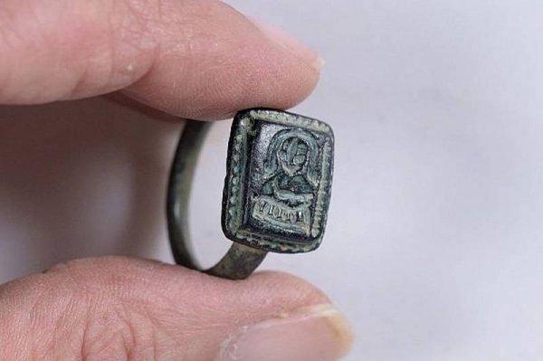 В Израиле нашли уникальный перстень с портретом Николая Чудотворца