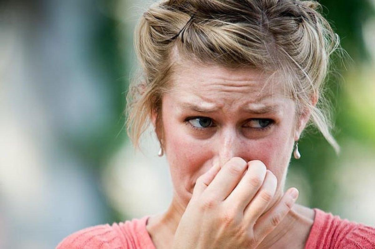 Люди, плохо реагирующие назапахи, чаще симпатизируют диктатуре— Ученые