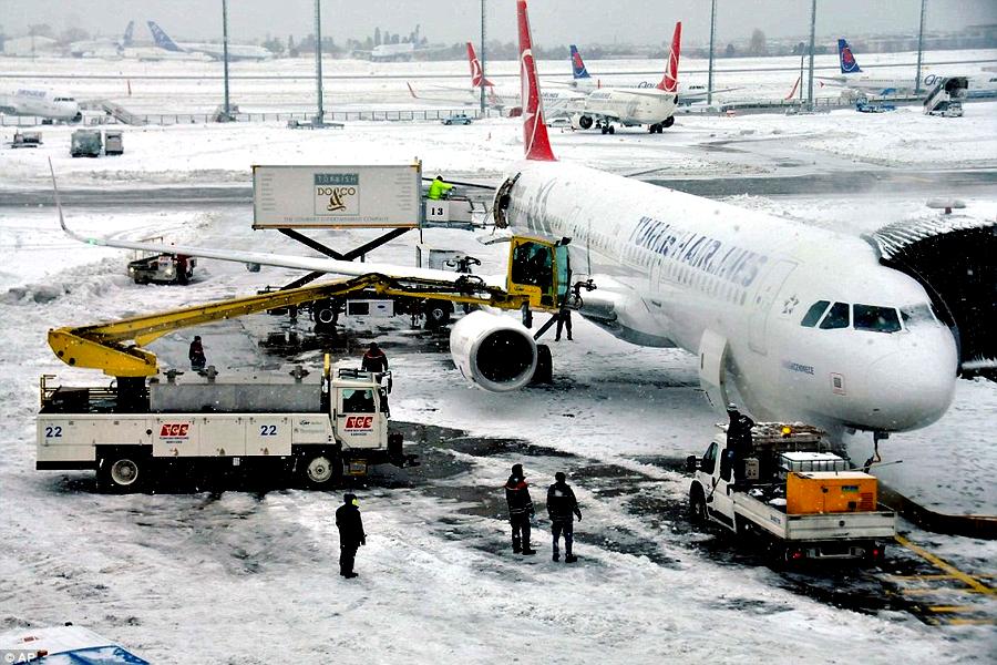 Рейс Москва— Канкун задержали практически на17 часов