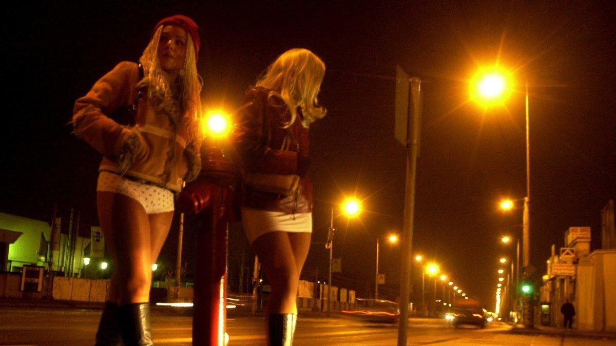 Тюмень дорожных проституток худая тайская проститутка