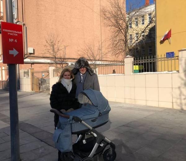 Андрей Малахов порадовал поклонников первым фото сына