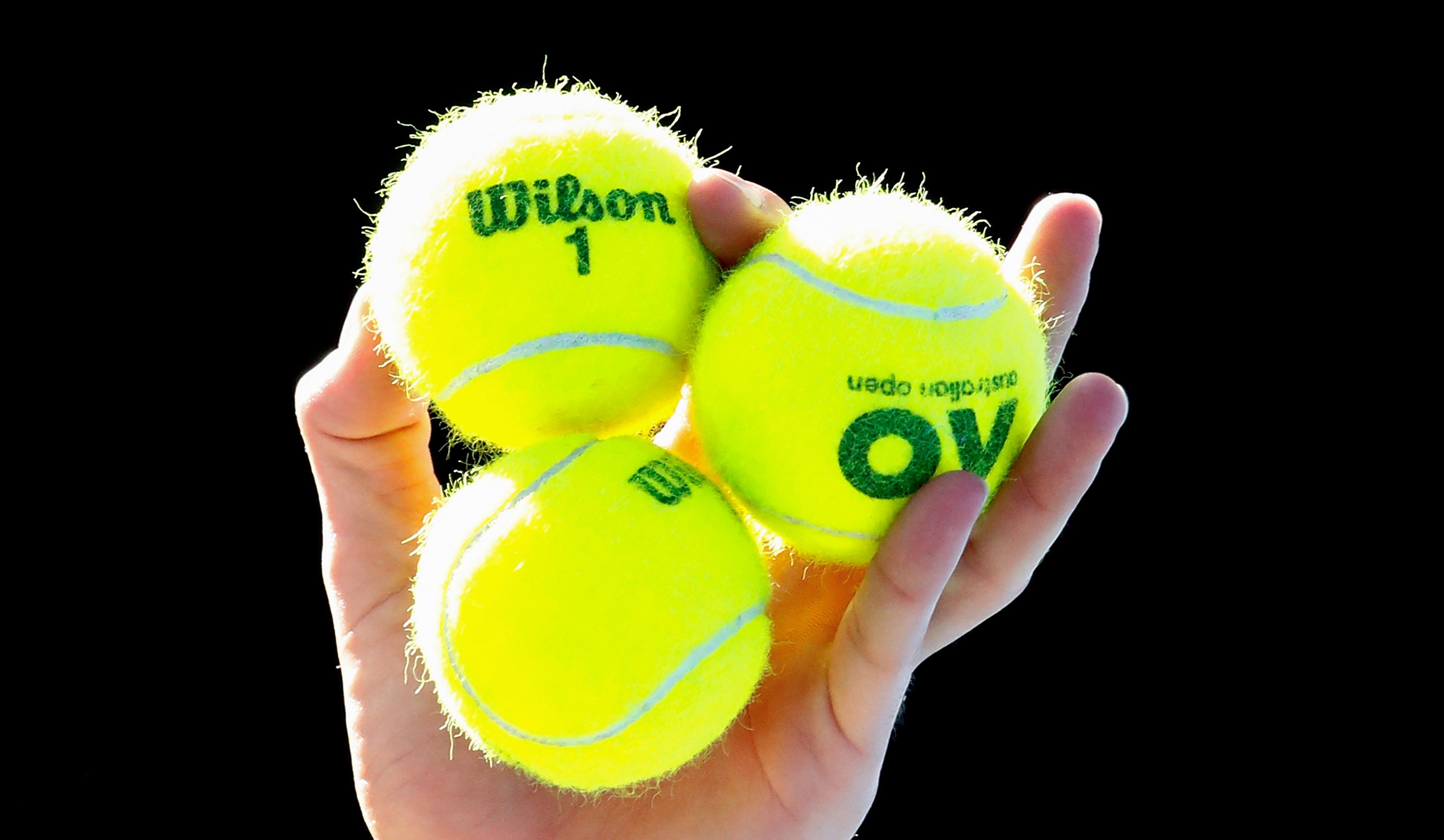 Вглобальной web-сети разгадали одну иззагадок жизни— цвет теннисных мячей
