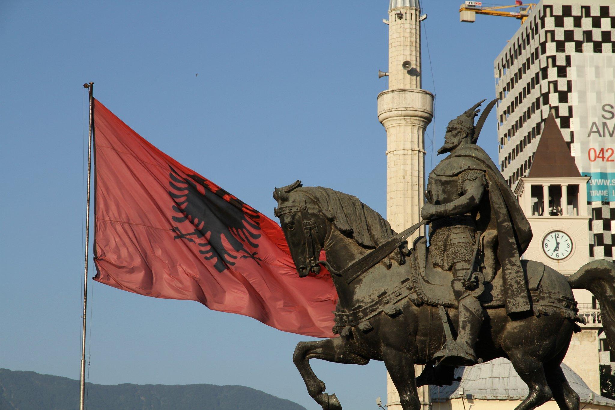 Албания вводит безвизовый режим для россиян