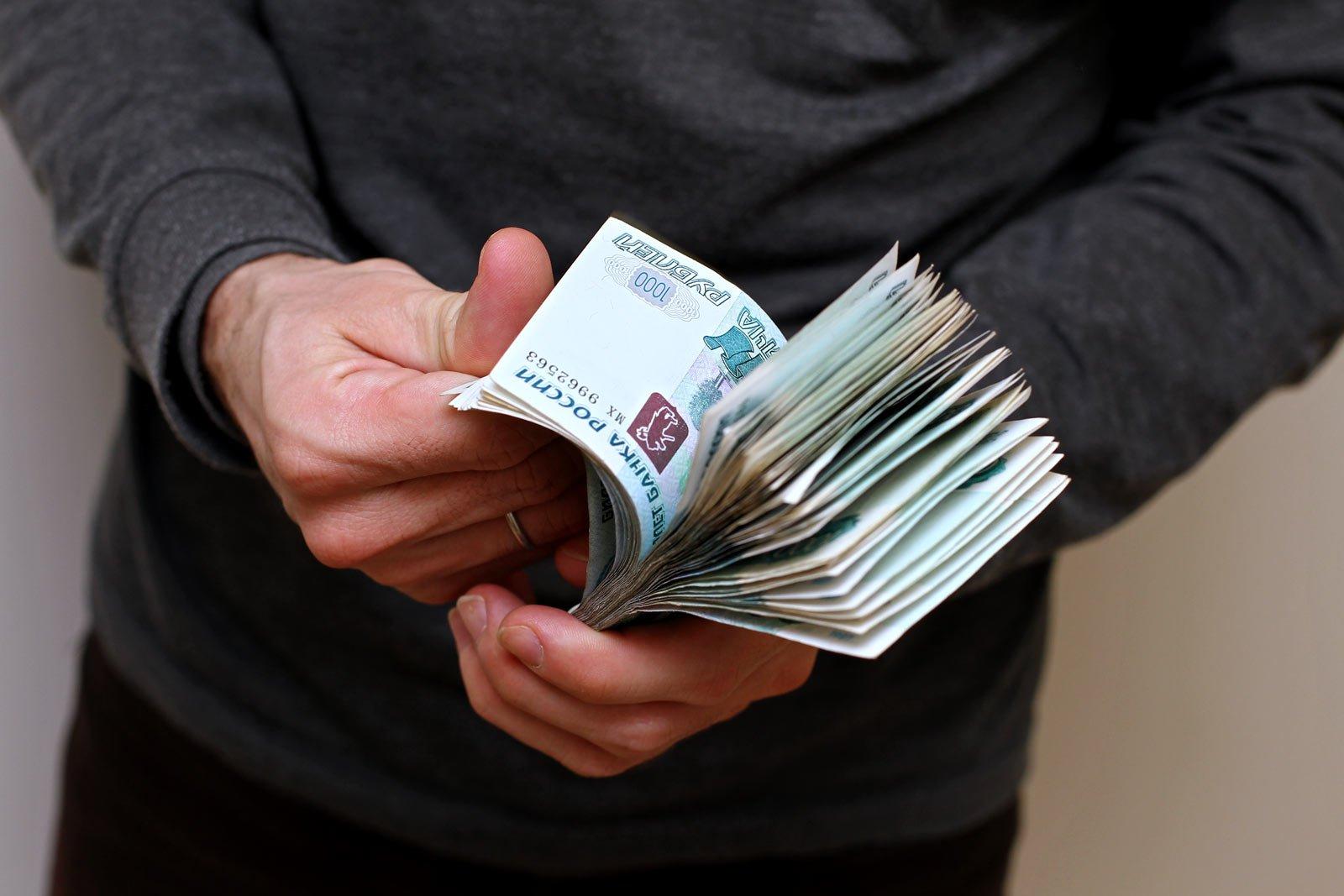 Практически  на11% увеличилась  загод средняя заработная плата  вРостове