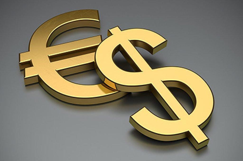 ЦБРФ зафиксировал снижение спроса на зарубежную валюту