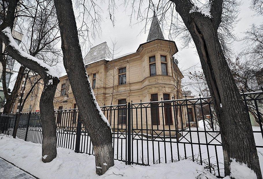 Дом Снегирева наПлющихе продан саукциона за186,5 млн руб.