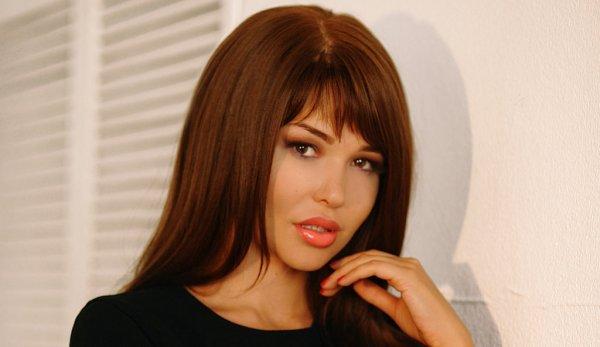Голая модель Playboy Мария Лиман показала свой характер хищника