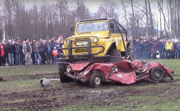 УАЗ «Малыш»: Умельцы собрали экстремальный вездеход из BMW, УАЗ и Scania