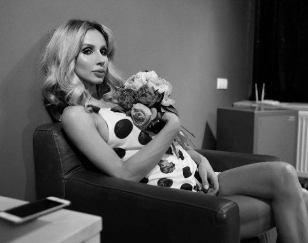 """""""Через 2 месяца узнаете"""": В аккаунте Лободы появилась информация о ее беременности"""