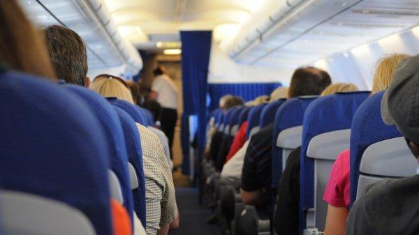 На борту самолета Шереметьево объявился «ложный» дебошир