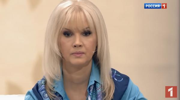 СМИ: Первая дочь Александра Серова от Елены Стебеневой не умерла в роддоме
