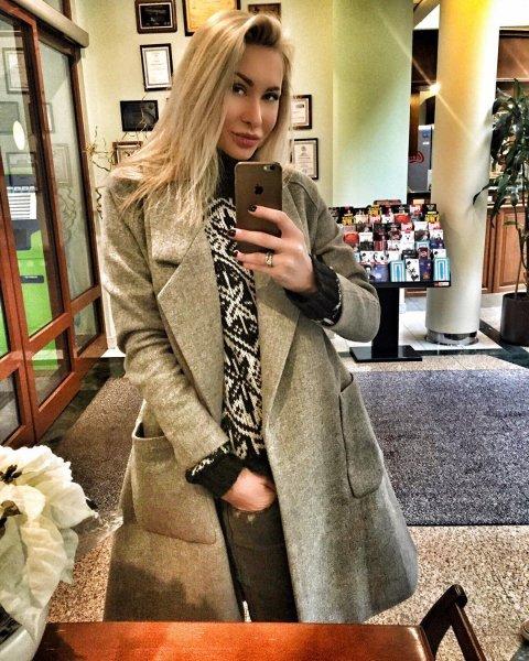 Элина Камирен показала фото своей восхитительной дочери