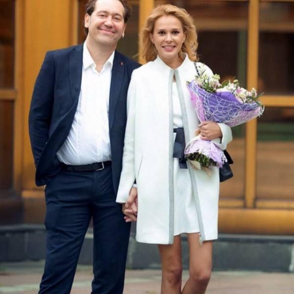 Актер Александр Демидов признался, что дерется с женой
