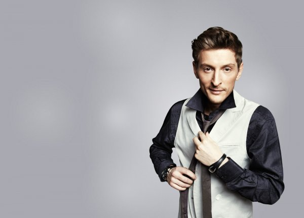 Павел Воля предложил фанатам спеть с ним дуэтом